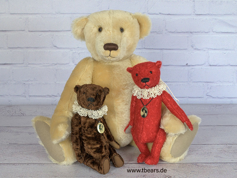 antique style teddy bears by Karin Jehle
