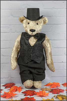 inspired by the early Steiff bears